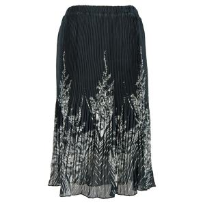 Skirts - Georgette Micro Pleat Calf Length * V Border Black-White - One Size (S-L)