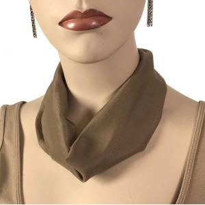 Chiffon Magnet Necklace w/ Optional Pendant #069 Taupe (Bronze Magnet) -