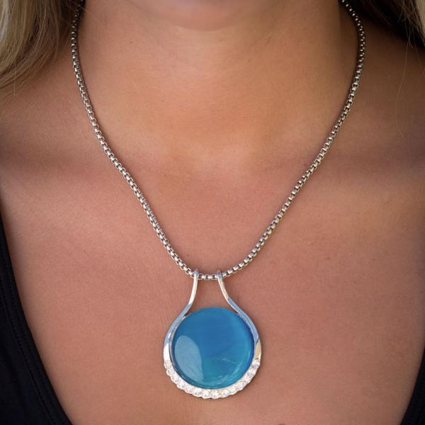 Wholesale Pendant on Chain Necklace - Goddess of the Moon 33 - Turquoise -
