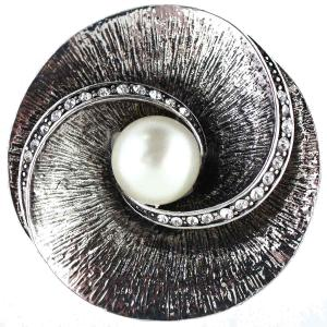 Magnetic Brooches - Artful Design - Plain Back SP001 Silver Shell and Pearl -