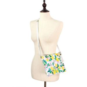 Crossbody Bags & Matching Wristlets Crossbody Bag - 9301 Lemon Print -