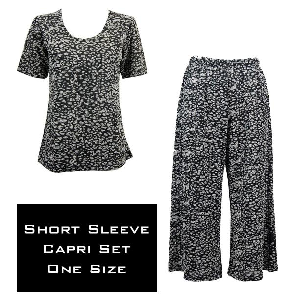 Wholesale Slinky - Short Sleeve Sets SST LEOPARD BLACK AND WHITE Slinky - Short Sleeve/Capri Set - One Size Fits All