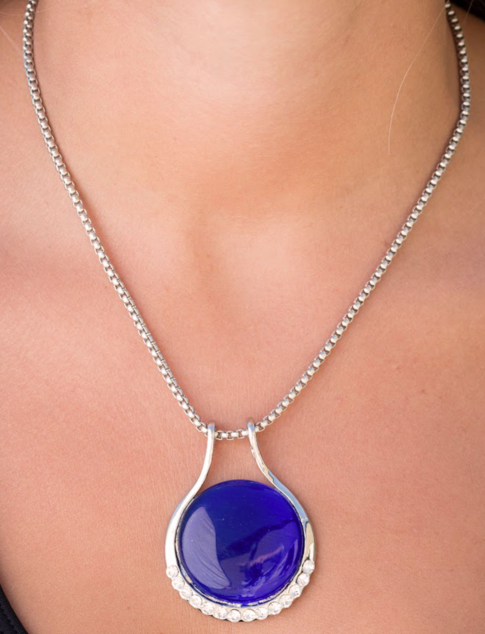 wholesale Pendant on Chain Necklace - Goddess of the Moon