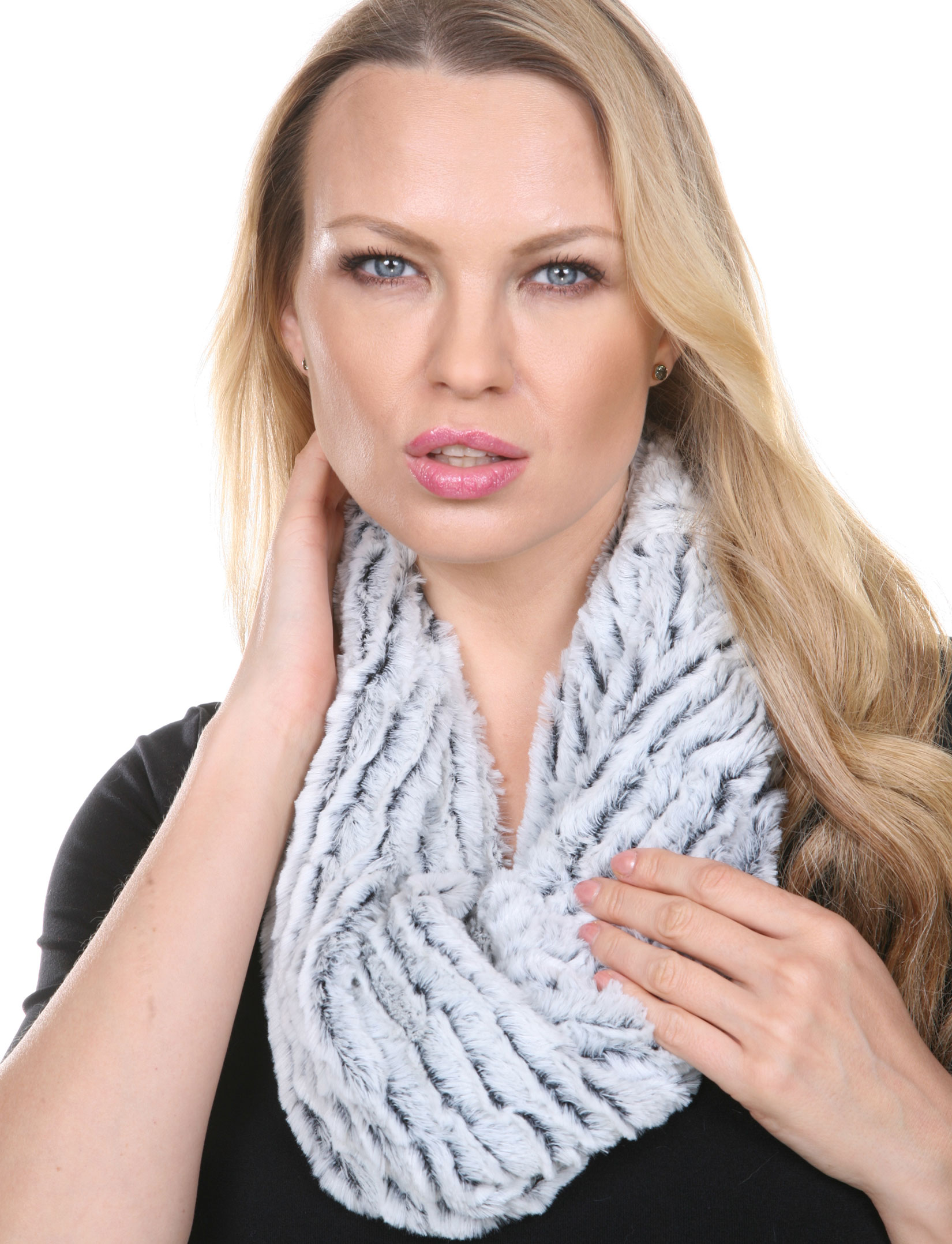 wholesale Infinity Scarves - Fur Two-Tone 8156*