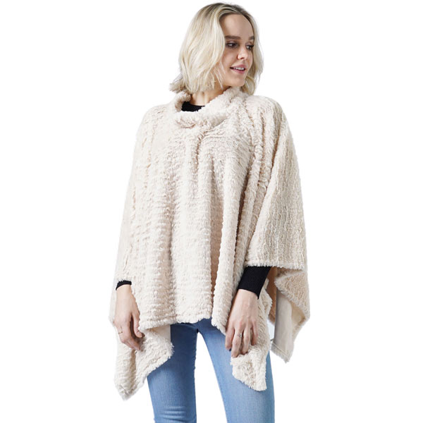 C Poncho - Rippled Faux Fur 8660